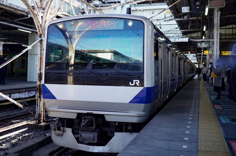 常磐線の列車。土浦まで1時間ちょっと。